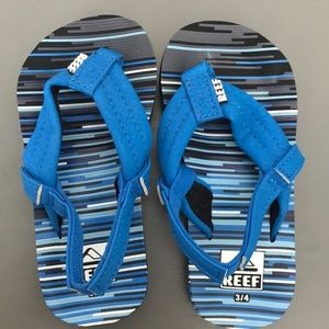 NEW & NBW Toddler Reef sandals size 3/4